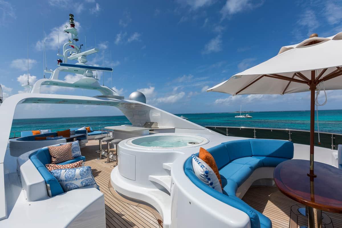 arredamento e progettazione yacht di lusso - essence interiors