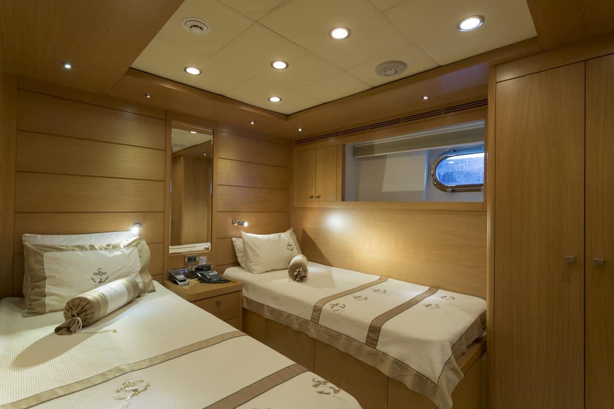 arredamento interno yacht di lusso - essence interiors
